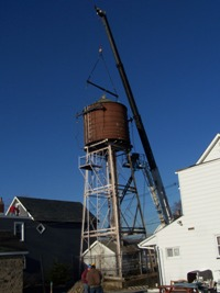 Crane rigging water tank